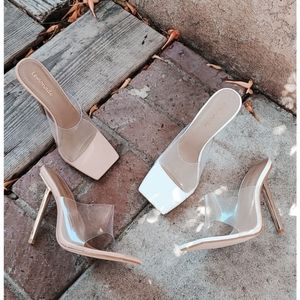 🆕️//Slay All Day Collection// white mule